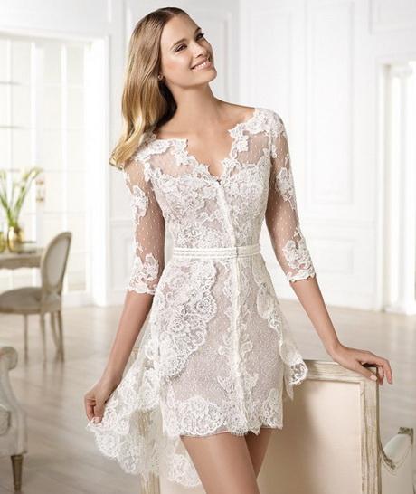 Vestido de novia civil con encaje