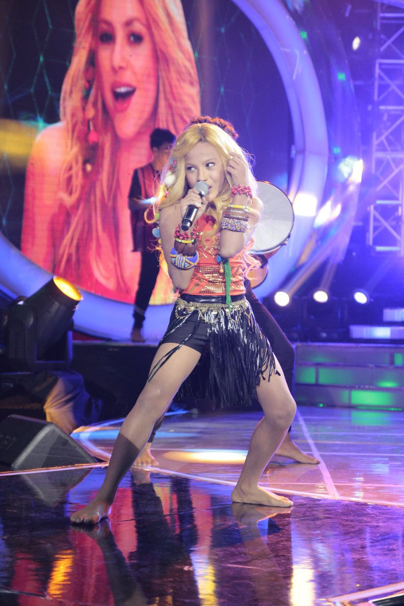 """Awra Briguela transforms into Shakira on """"Your Face Sounds Familiar Kids"""""""