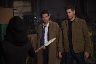 "Misha Collins as Castiel and Jensen Ackles as Dean Winchester in Supernatural 14x09 ""The Spear"""