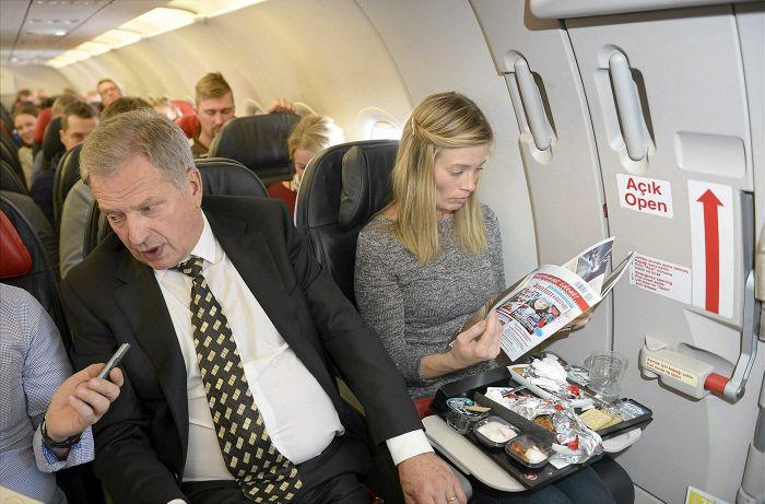 Oman lounaansa presidentti näyttäisi jo nauttineen. 47825334ad