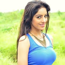 Deepika Singh Family Husband Son Daughter Father Mother Age Height Biography Profile Wedding Photos