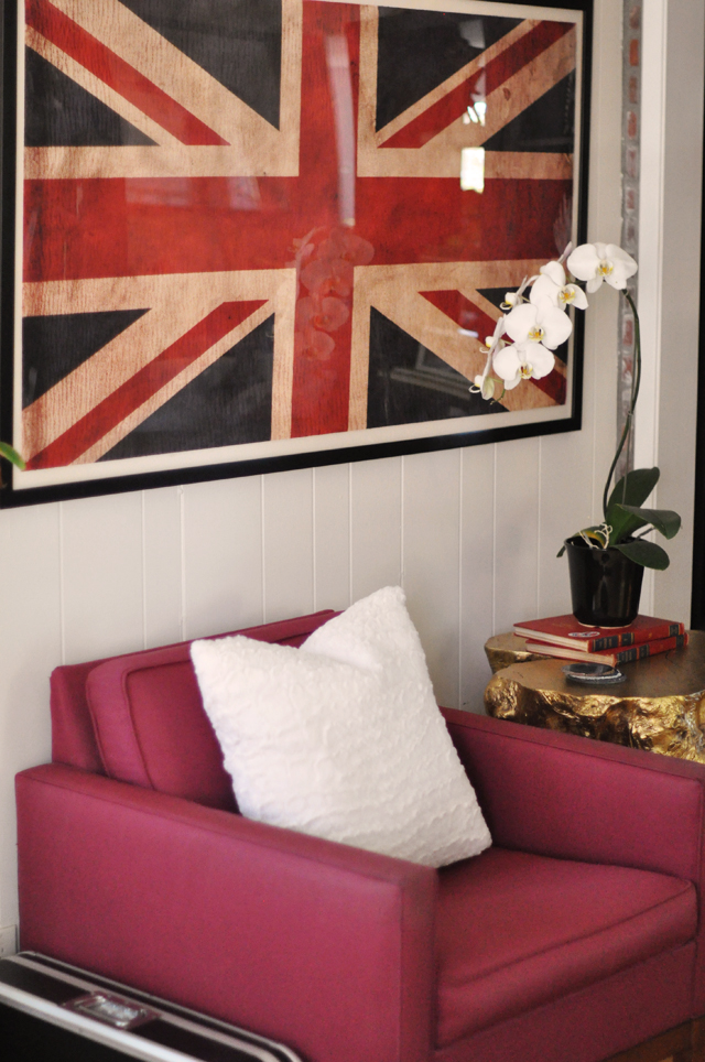 vintage modern chairs, union jack flag print