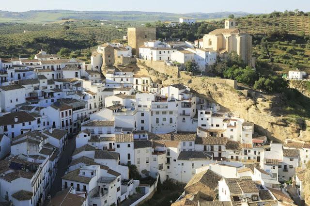 Setenil de las Bodegas, Cádis (Andaluzia)