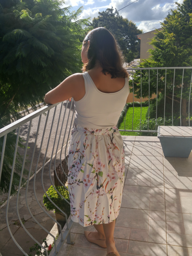 Saia midi floral off white da Zaful