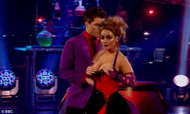 Chicks and salsa video in thirdmoviescom - 1 5