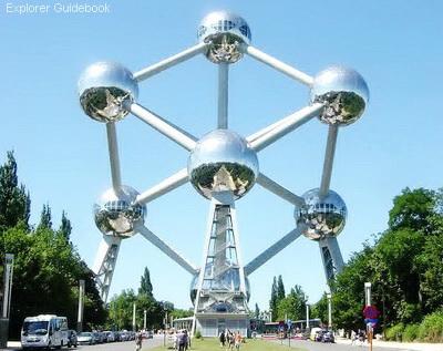Tempat wisata terkenal di Brussels Belgia Atomium