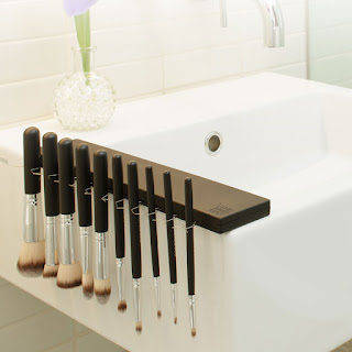a5754ba920 Review  The Brush Bar   The Brush Board  TheBrushBar  TheBrushBoard   BrushBubbly