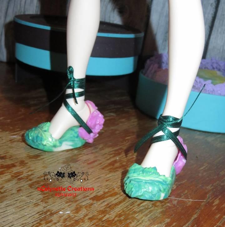 Créas-Fimo -  1 bête des chaussures feuilles (p9) + 1 bûche - Page 10 Diapositive17