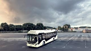 Volvo faz demonstração de ônibus autônomo na Suécia