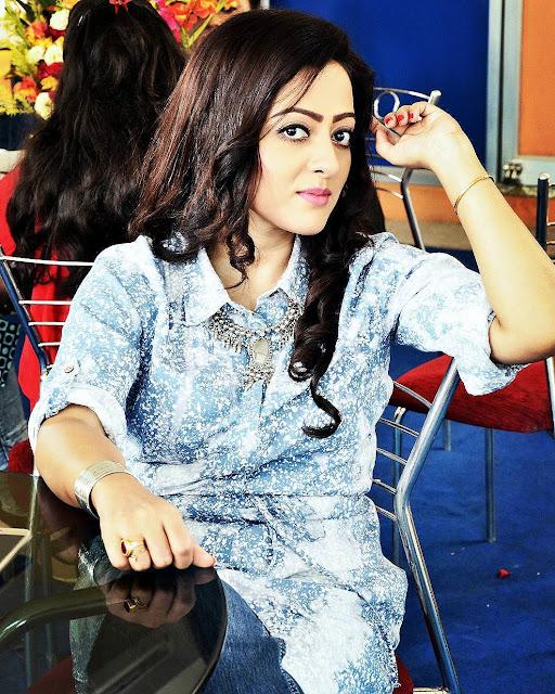 Rupsha Chakraborty Images