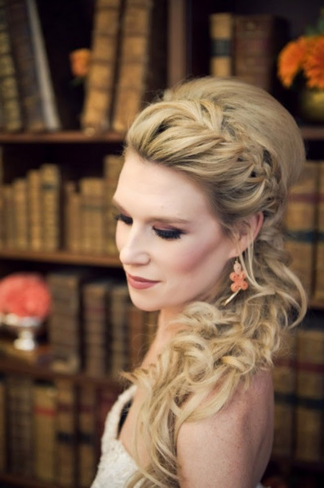 This is the Wedding Updo I want for Craig & Tarin's Wedding! LOVE, LOVE, LOVE!!!!!!