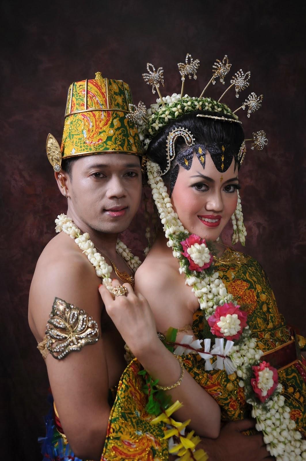 Photo Pengantin Jawa  Album Wedding