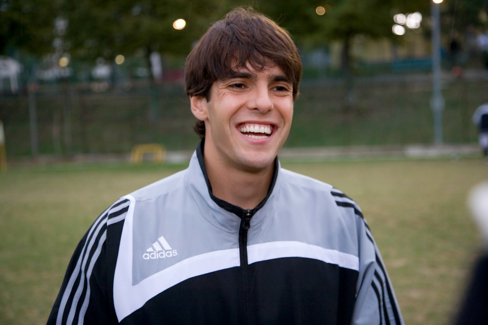 Ricardo Kaka Wallpapers Hd Wallpapers World Ricardo Kaka Player
