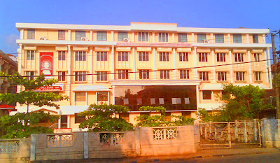 Dharmasthala Manjunatheshwara Law College on MG Road