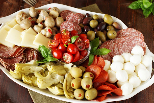 Must-Make Easy Recipes for Game Day! - Antipasto Platter image