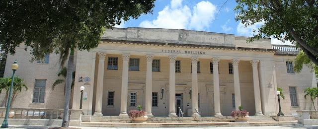 Edificio federal en el centro de Sarasota