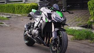 BURSA MOGE BEKAS KAWASAKI : Kawasaki Z1000 Sugomi 2014 odo 10 rbu up
