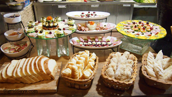 L'Fisher Hotel eat all you can buffet