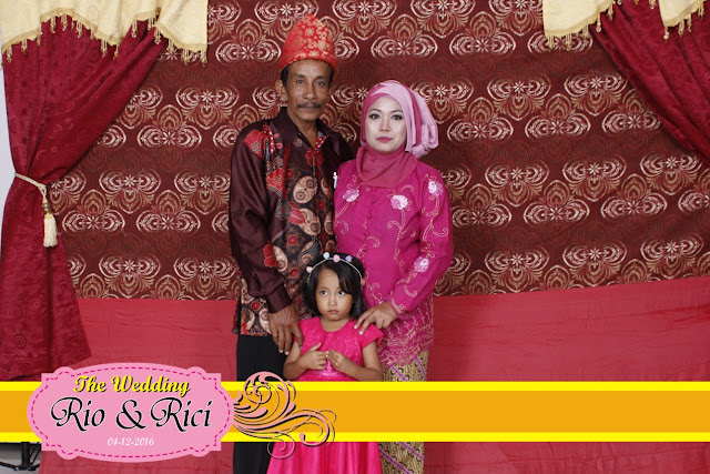 +0856-4020-3369; Jasa Photobooth Semarang ~Wedding Ricci & Rio~