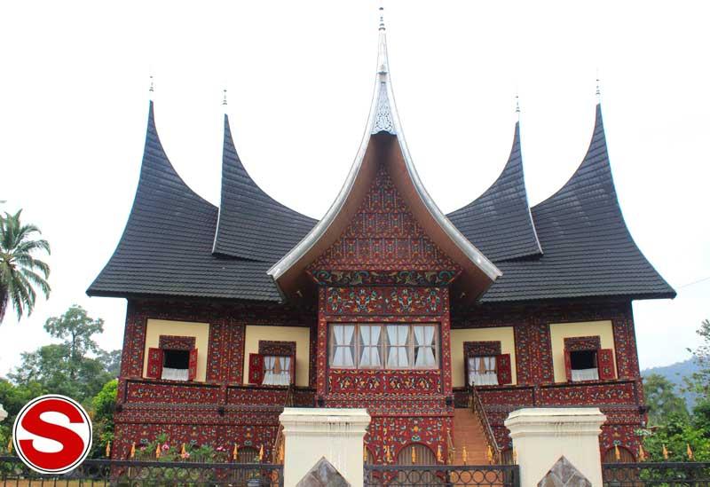 Menggambar Rumah Adat Gadang - Rumah Adat Indonesia