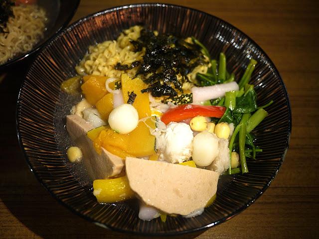 P1250705 - Veges M 饗蔬職人,素食滷味乾吃外帶,菜不會爛又好吃(已歇業)