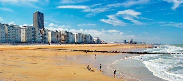 Pour votre voyage Ostende, comparez et trouvez un hôtel au meilleur prix.  Le Comparateur d'hôtel regroupe tous les hotels Ostende et vous présente une vue synthétique de l'ensemble des chambres d'hotels disponibles. Pensez à utiliser les filtres disponibles pour la recherche de votre hébergement séjour Ostende sur Comparateur d'hôtel, cela vous permettra de connaitre instantanément la catégorie et les services de l'hôtel (internet, piscine, air conditionné, restaurant...)