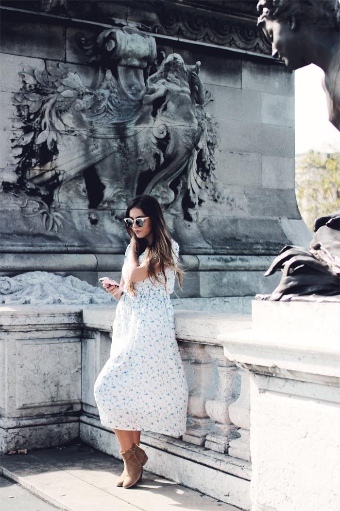 Aimerose Fashion Travel Blog Paris Collaboration OtterBox