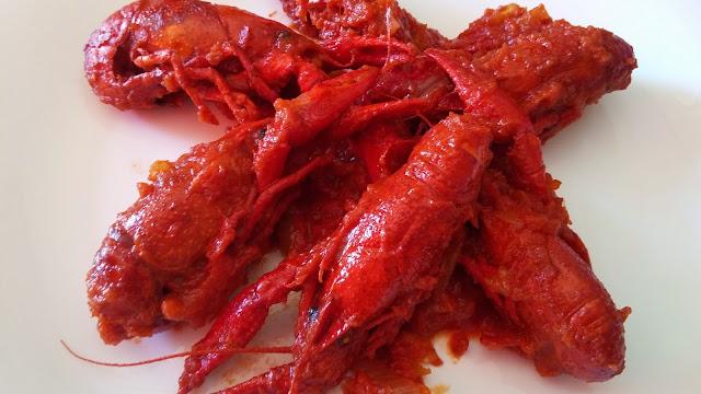 cangrejo de rio con tomate y nuez moscada