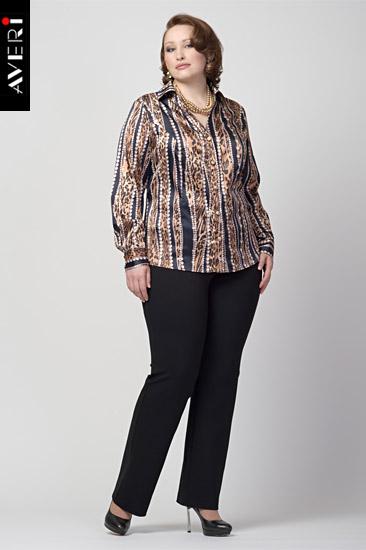 9fa80ad19 La blusa clásica es una prenda imprescindible en el armario de cualquier  mujer. Hoy vamos a ver un patrón gratis de blusa para tallas grandes y  algunas ...