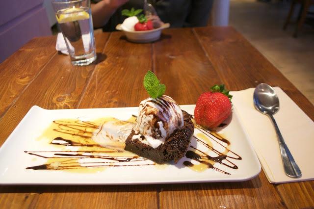 dessert brownie