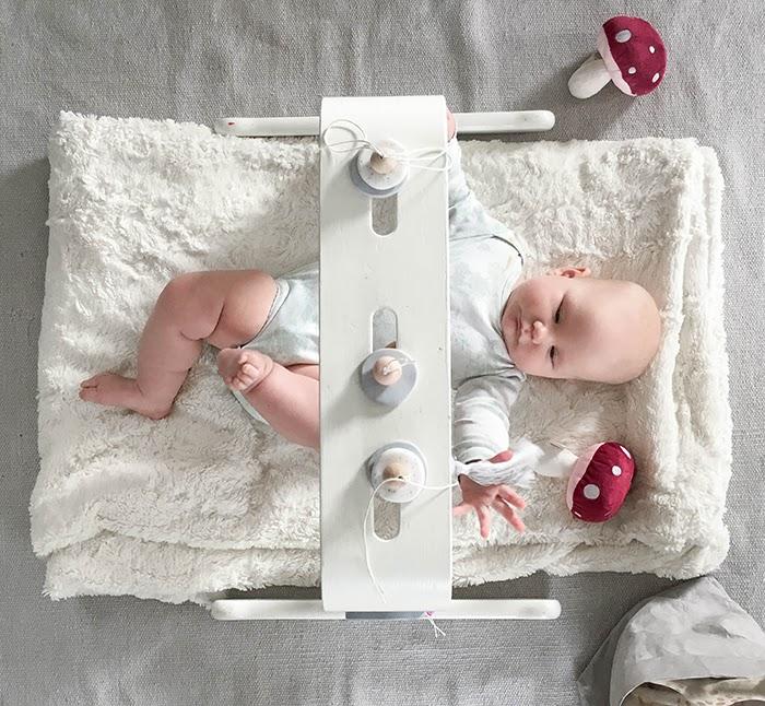 lelukaari, vauvanlelu, itsetehty lelu, diy, fimomassa, puuhelmet