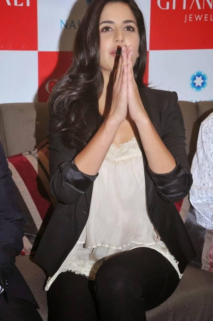 Katrina Kaif Latest Cute Beautiful Photos In Black Dress