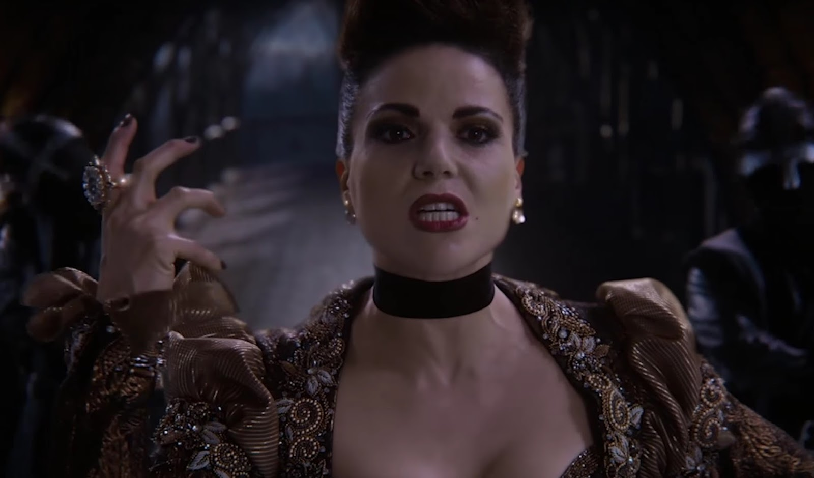 La Reina Malvada en uno de los momentos musicales de Once Upon a Time