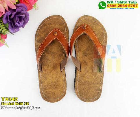 Sandal Kulit 39