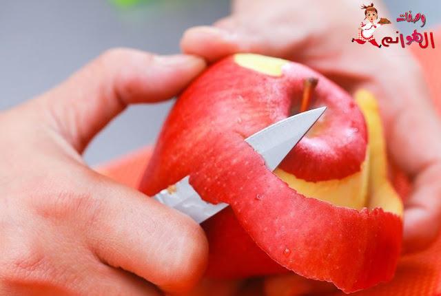 فوائد قشر التفاح المذهلة لن تتخيل ماذا تفعل قشور التفاح في جسمك