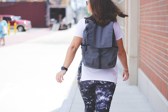lululemon rise-and-flow-pant zen-bender-ss urbanite-backpack