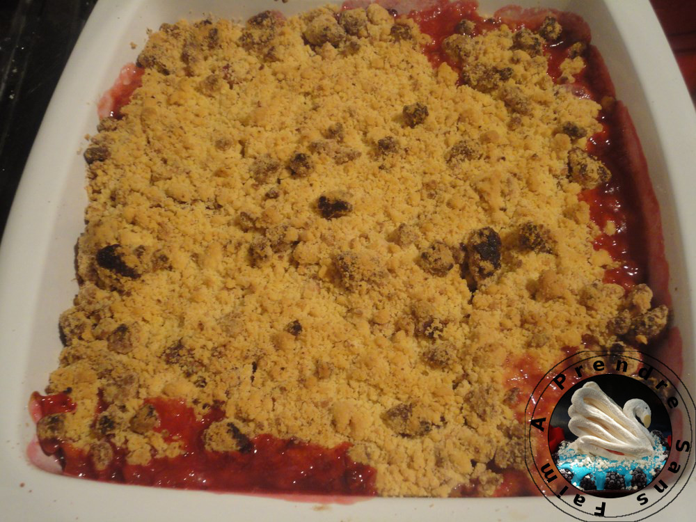 Crumble de prunes rouges à l'amaretti