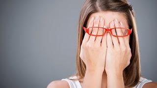 4 Kejadian Tak Terduga Yang Memalukan, Kamu Harus Introspeksi Segera ya!