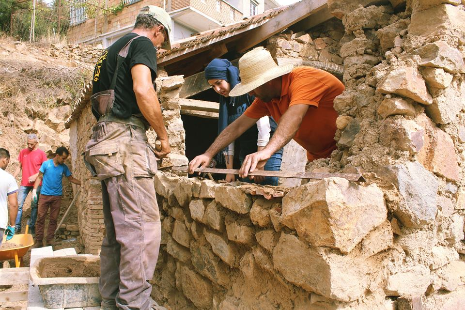 histiore et culture patrimoine d' Ain kermès : L'entraide traditionnelle de la touiza