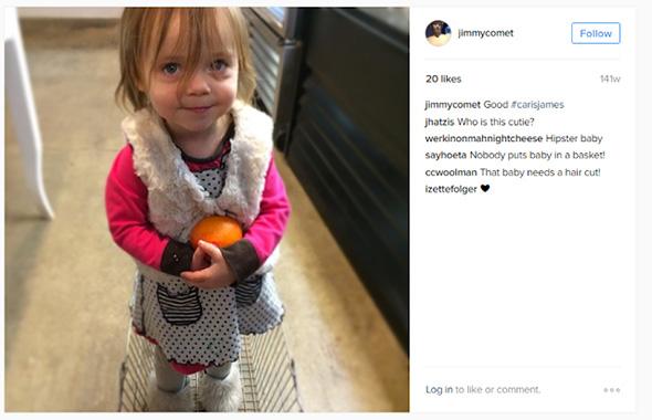 niña sobre una canasta en la cuenta de instagram de james alefantis