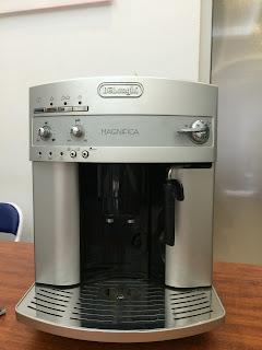 Máy pha cà phê Delonghi ESAM 3200.S cũ