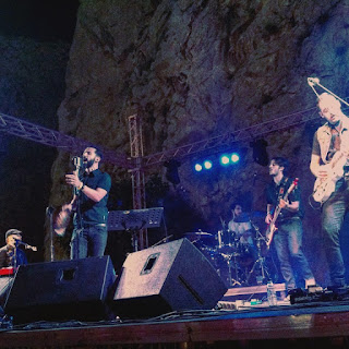 CYANNA MERCURY-GREEK BAND (LIVE)