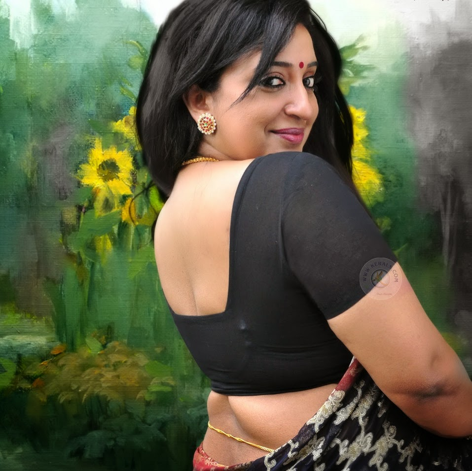 Malayalam Serial Actress Hot In Saree
