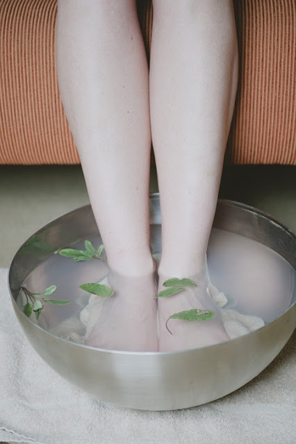 feet soaking in cold water spa