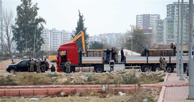 Abdullah Bozkurt: Η ΜΙΤ προμήθευε με βουλγαρικά όπλα τζιχαντιστές στη Συρία