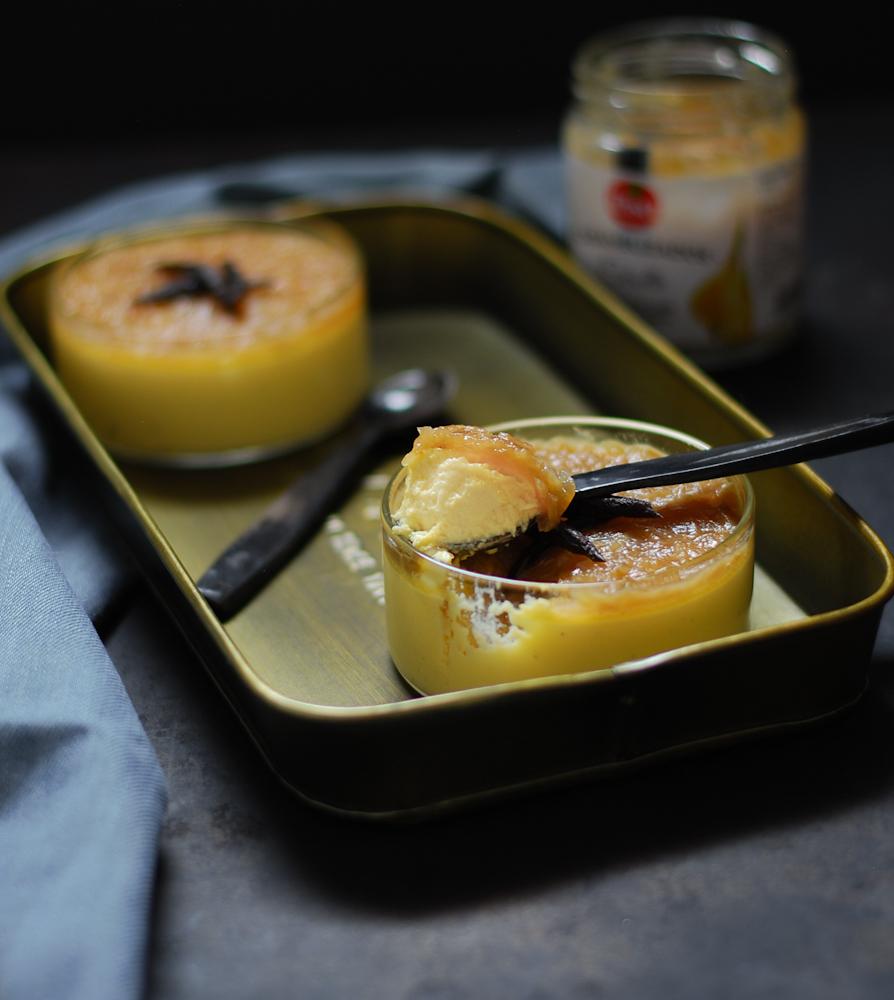 Cremoso de parmesano con cebolla caramelizada