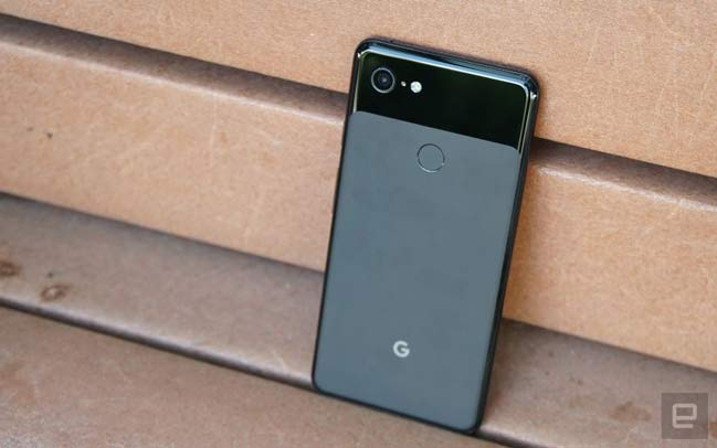 google-pixel-3-xl-enboxing-photo-leaked