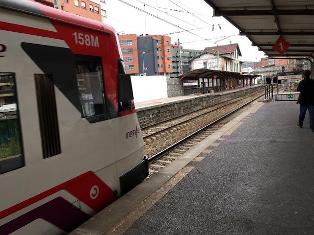 Tren en la estación de Desierto
