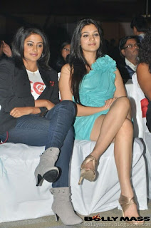 WWW.BOLLYM.BLOGSPOT.COM Actress CELEBRITY CRICKET LEAGUE 2012 Images Picture Stills Gallery 0023.jpg
