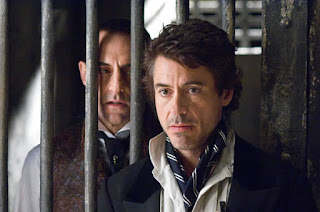 Mark Strong and Robert Downey Jr as Lord Blackwood and Sherlock Holmes in Sherlock Holmes (2009)